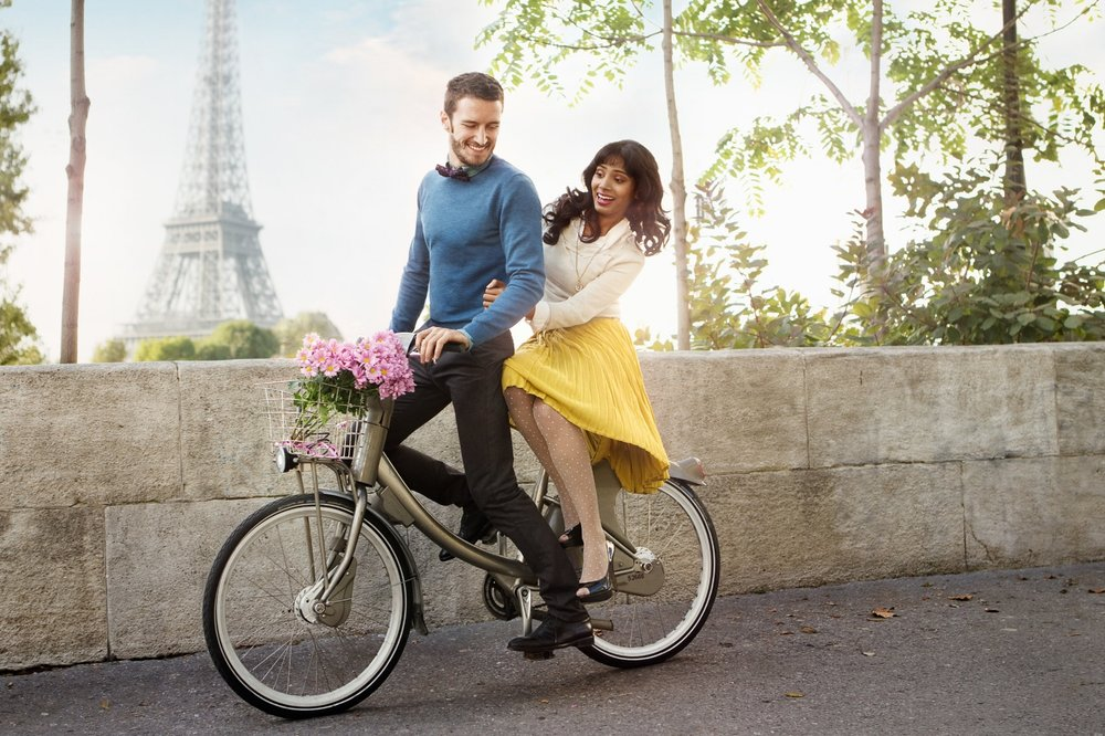 Paris_EiffelTower-Bike_2012_V2_LowRes.jpg