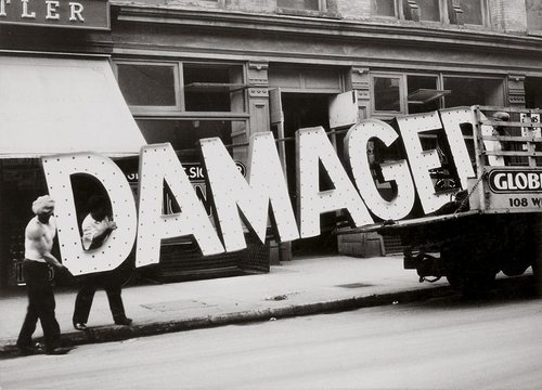 Walker Evans,  Truck and Sign  1928-1930 [7] [9]