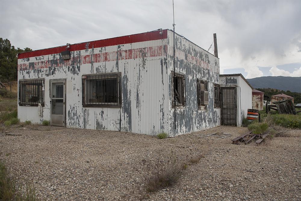 Gas Station, Regina, New Mexico, June 9, 2007.