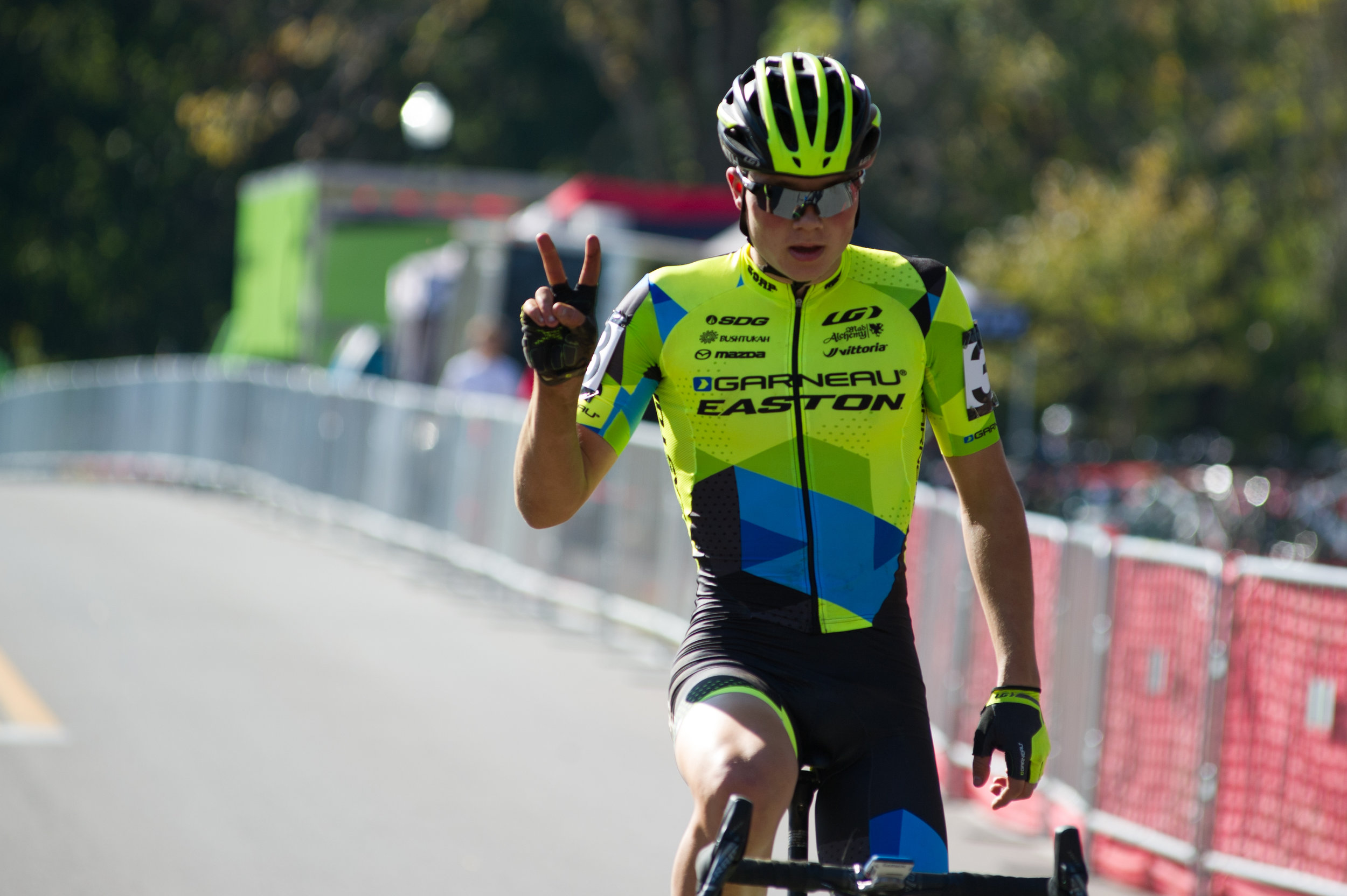 2016102913314636-cxpanamchamps.jpg