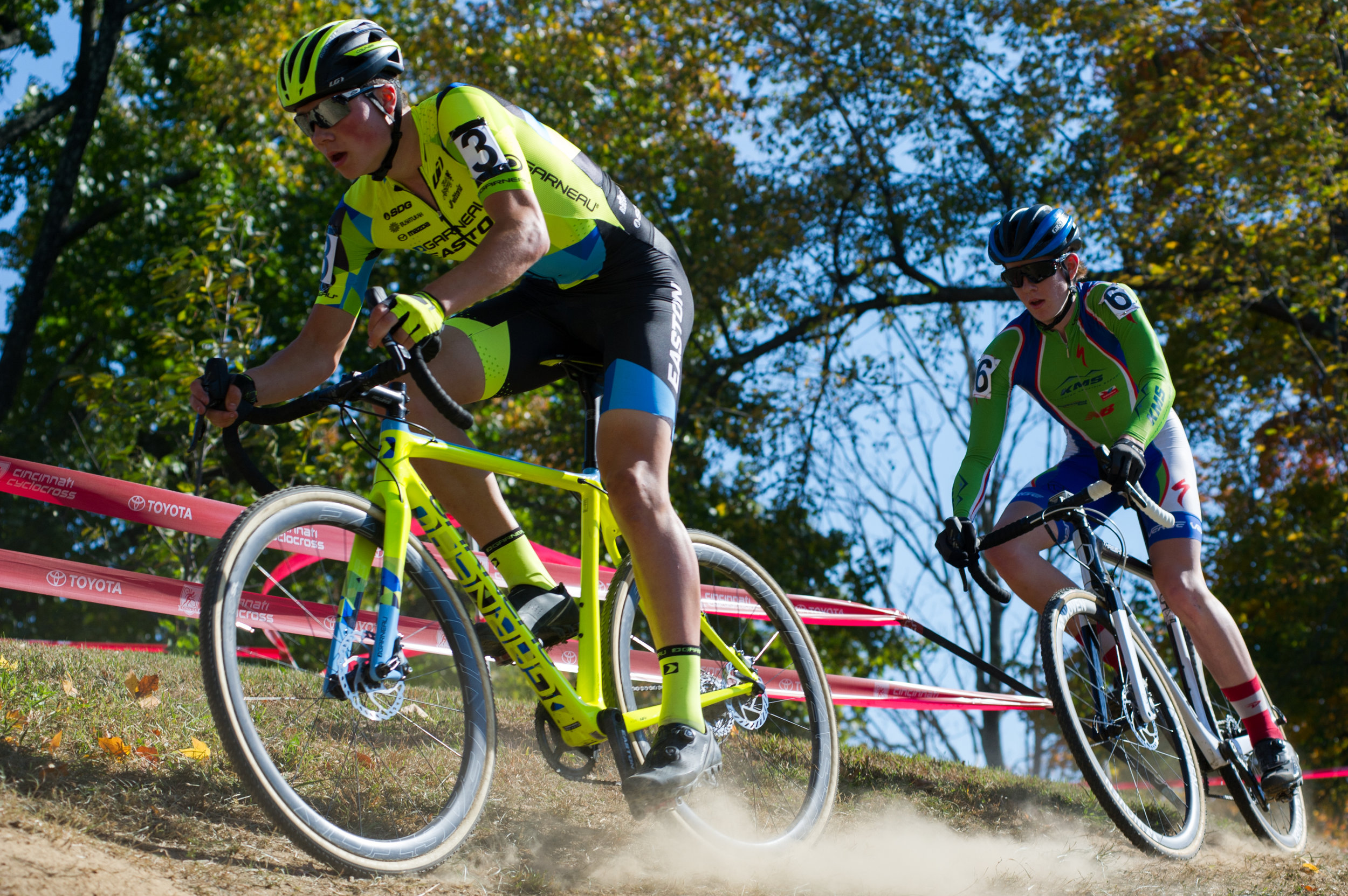 2016102912571083-cxpanamchamps.jpg
