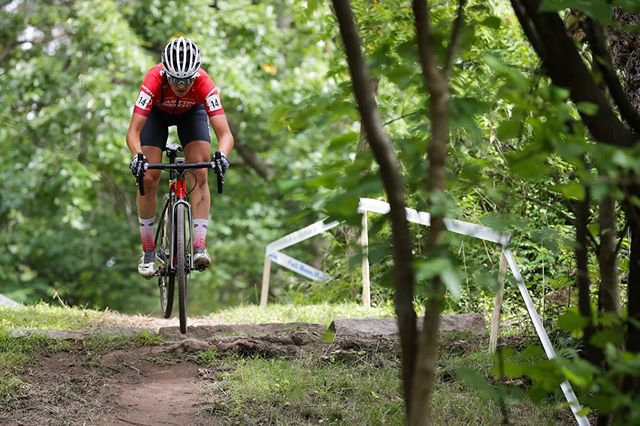 First race in Iowa City is tomorrow evening! We'll have @jennjackkson and @bridgettooley in the women's race and @postier105 in the men's with @mvdhcx Playing the role of superfan. . 📸 by @bruce_buckley . @Giantbicycles @giantbicyclecanada @garneau @eastoncycling @tlccycling @cyclesmartinc @teamisocentric @stillwatermedicalcenter @100percent_bike @actionsportscanopies @orangesealed @aspencoffeefs @crankbrothers @sdgcomponents @kmcchain @vittoriatires @feedbacksports @allstate @tnr_tape @robertaxleproject @ifeelborn_northamerica @elevenspeedcoffee  #ridelife #ridegiant #mytcx #eastonadvantage #GarneauCustom #RideSDG #rideingoodcompany #Vittoriatires #weridecb #kmcchain #ride100percent #feedbacksport #irideorange #orangesealed #robertaxleproject #tnrtape #thecyclesmartway #ShadeRedefined #teamisoceontric #tlccx