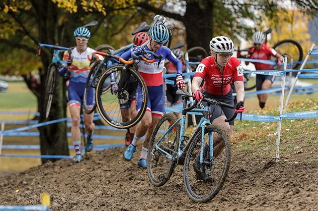 It was another one of those weekends where the weather just couldn't quite figure out whether it wanted us to be racing in the mud or in the dry. Day 1 brought a complete slip and slide of a race with @mvdhcx ending up 8th, @jennjackkson 10th, @postier105 19th, and @bridgettooley in 22th. . The entire team ended up running our trusty @vittoriatires Terreno Wets and the consensus was that somewhere around that 17psi mark was the ticket to navigating the @cincycx slime. . 📸 by @bruce_buckley . @Giantbicycles @giantbicyclecanada @garneau @eastoncycling @tlccycling @cyclesmartinc @teamisocentric @stillwatermedicalcenter @100percent_bike @actionsportscanopies @orangesealed @aspencoffeefs @crankbrothers @sdgcomponents @kmcchain @vittoriatires @feedbacksports @allstate @tnr_tape @robertaxleproject #ridelife #ridegiant #mytcx #eastonadvantage #GarneauCustom #RideSDG #rideingoodcompany #Vittoriatires #weridecb #kmcchain #ride100percent #feedbacksport #irideorange #orangesealed #robertaxleproject #tnrtape #thecyclesmartway #ShadeRedefined #teamisoceontric #tlccx