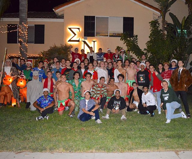 Happy holidays from the boys of Sigma Nu🎄☃️