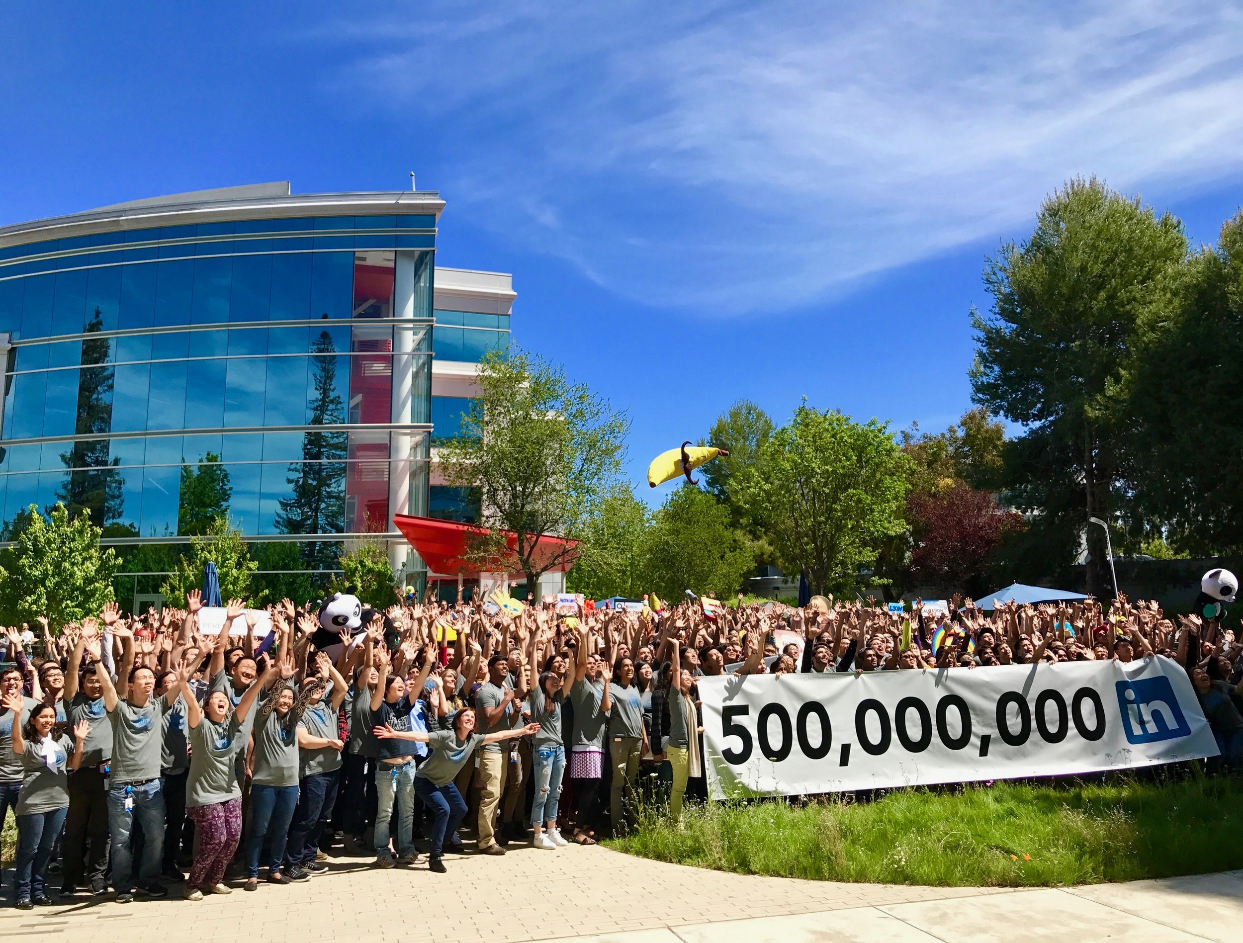 Los Gatos DJ - LinkedIn 500 million members celebration 2017.jpg