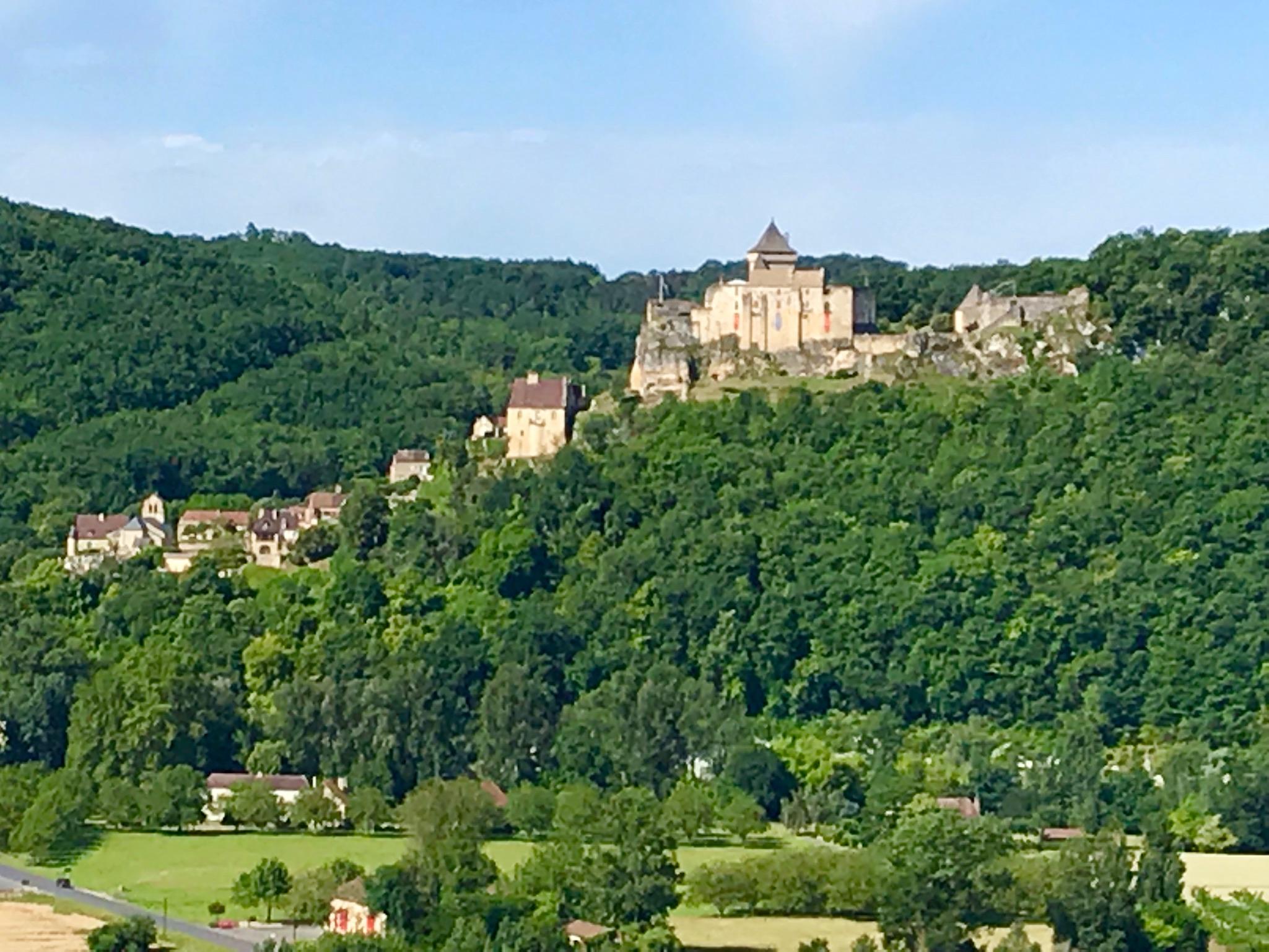 Castelnaud across the valley.