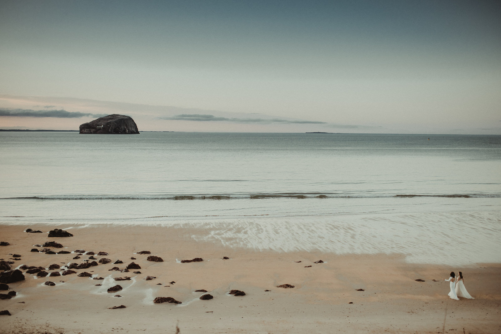 Katey + Franziska - seacliff beach