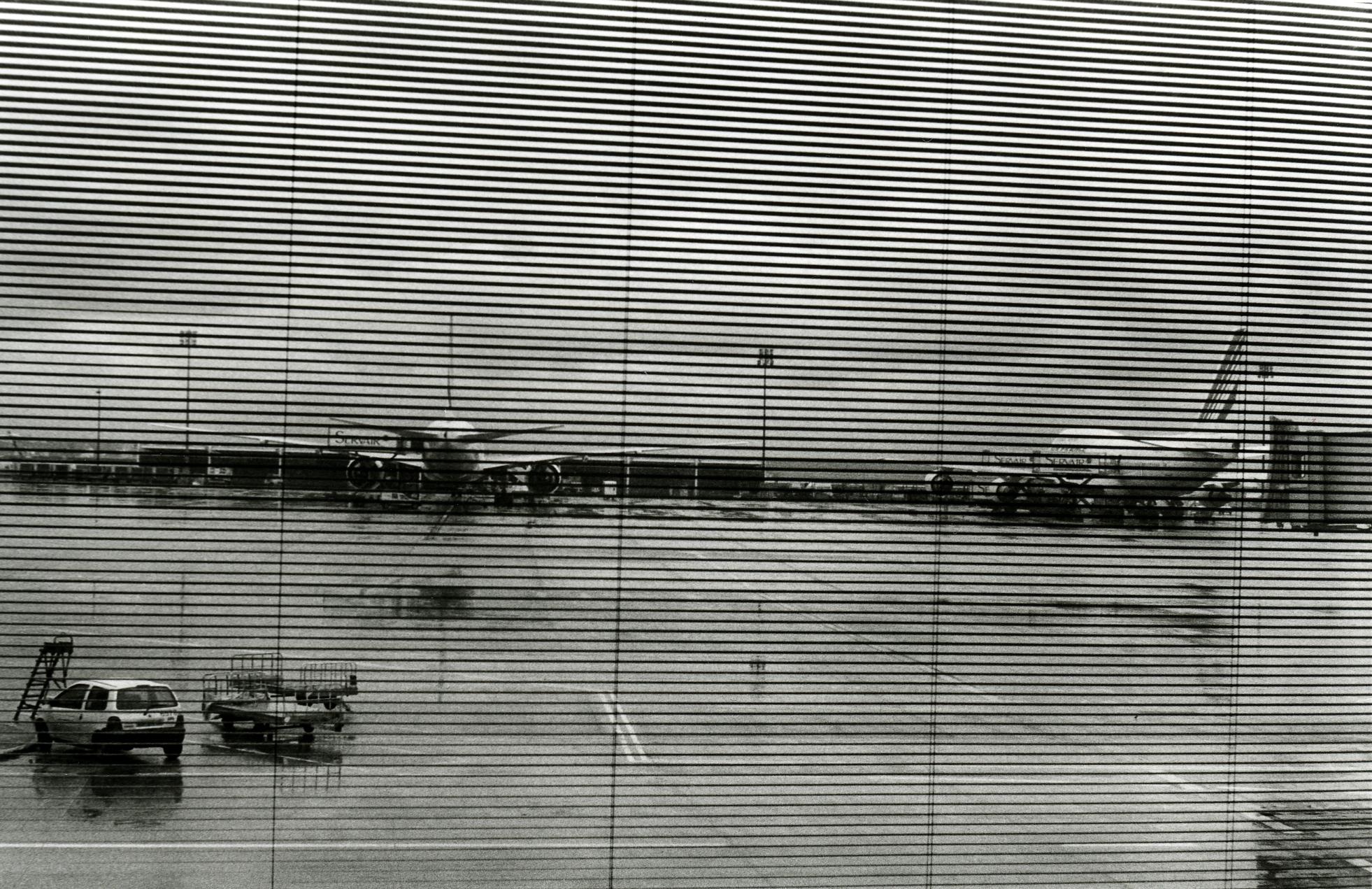 Planes From Terminal, Paris