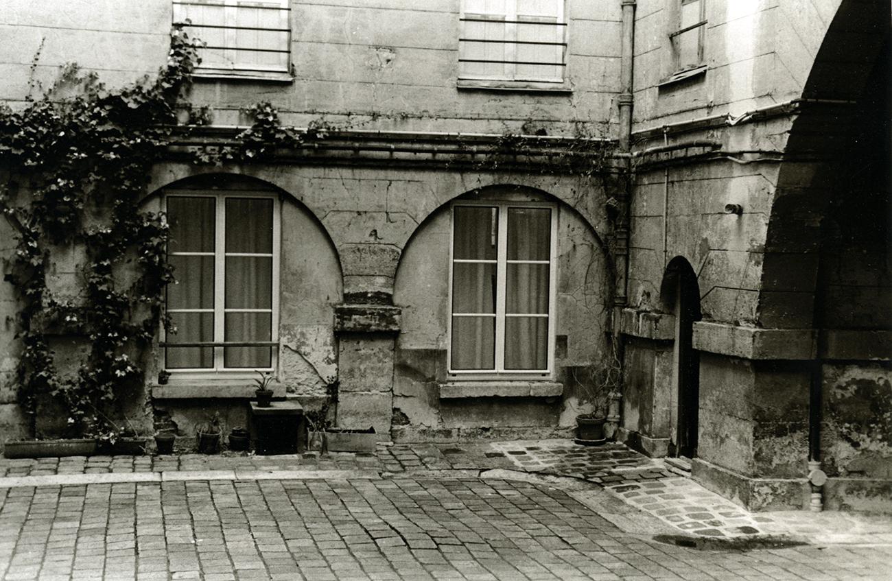 Courtyard Apartment, Paris