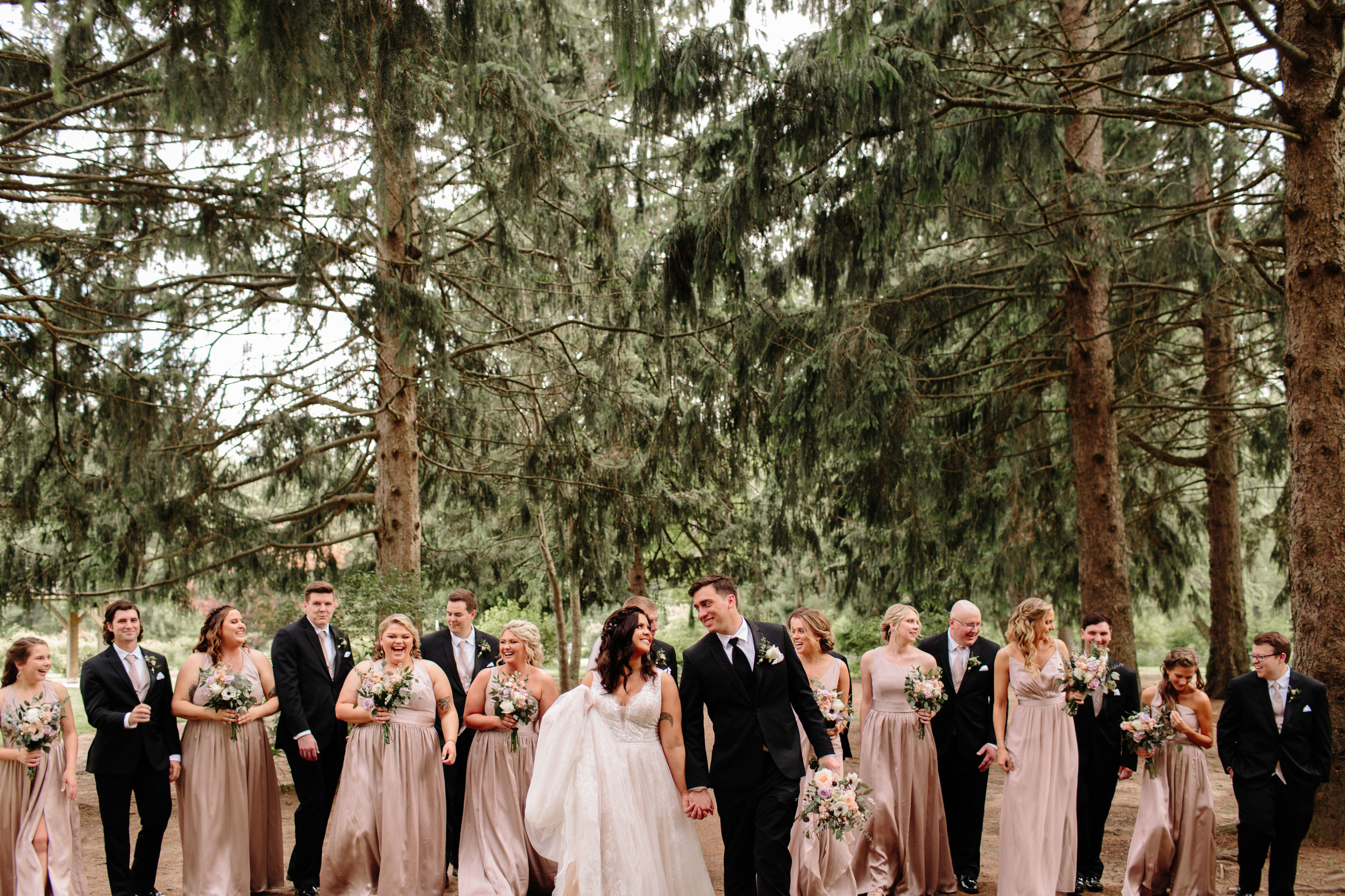 friendship-botanic-gardens-michigan-city-in-wedding-88.jpg
