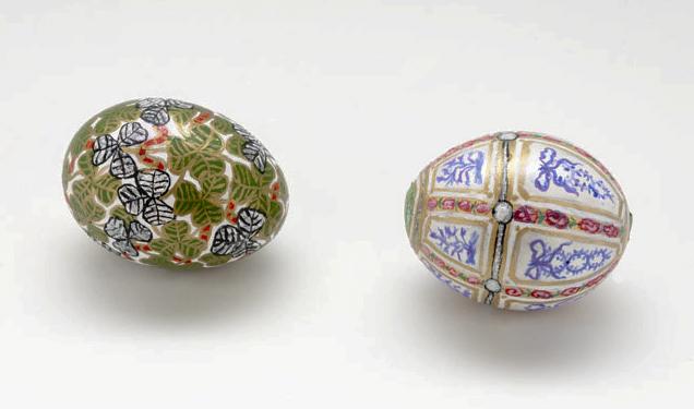 Twelve Panel Egg and Clover Leaf Egg