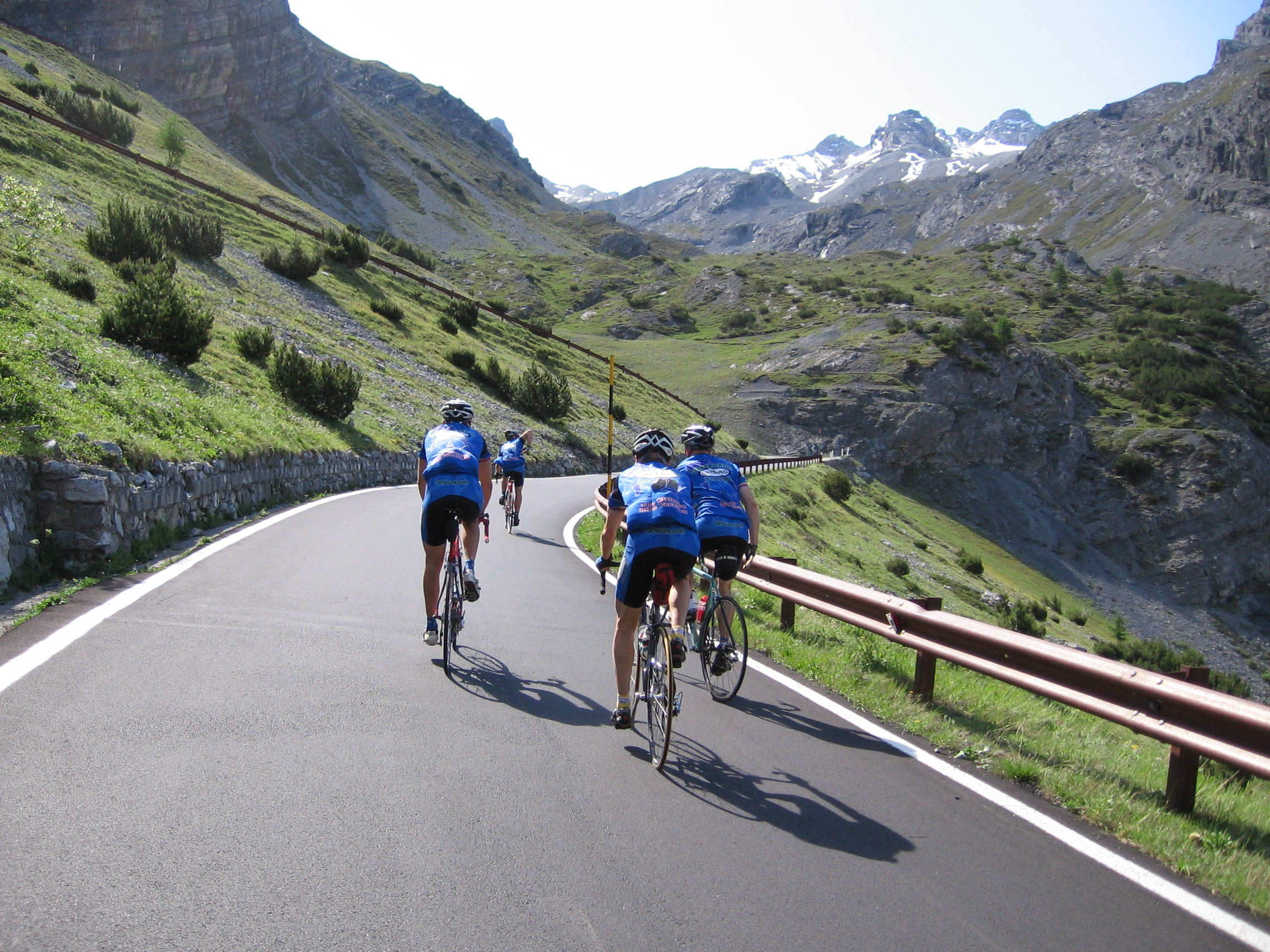 cycling the stelvio pass