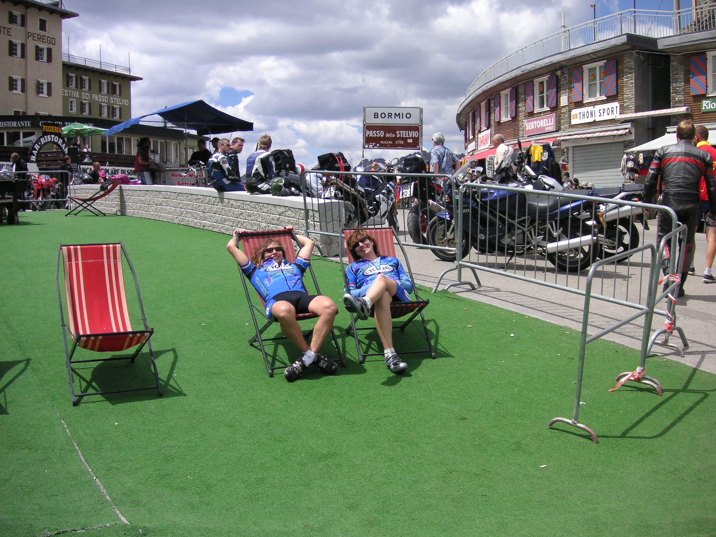 relaxing on the stelvio