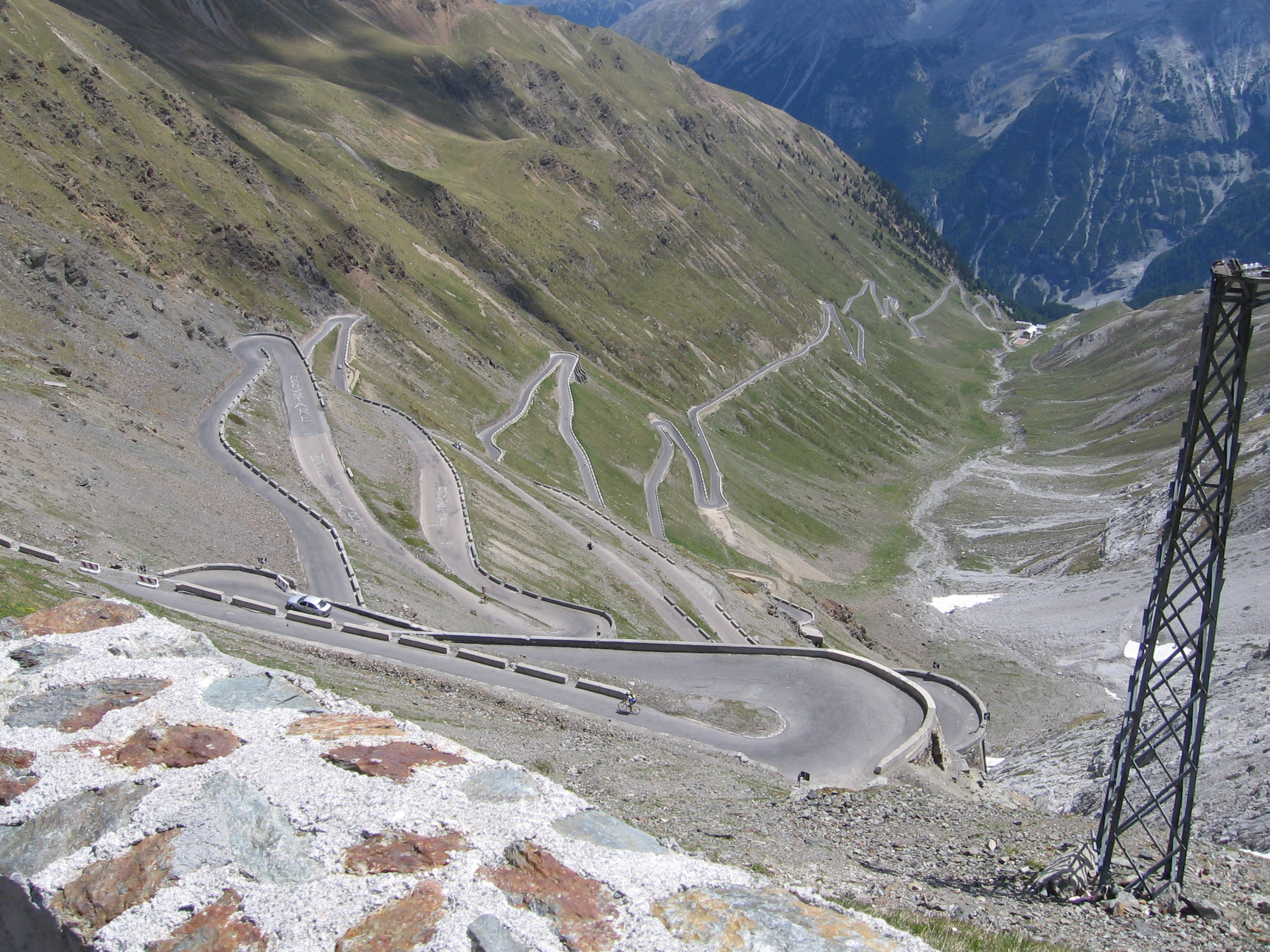 cycling stelvio pass