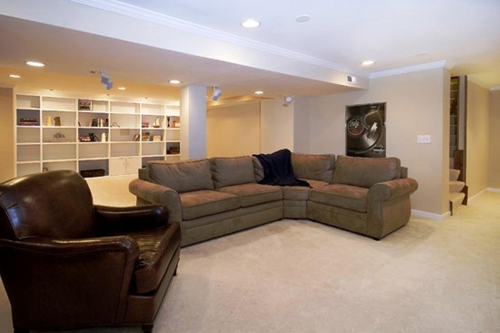 basement_006.jpg