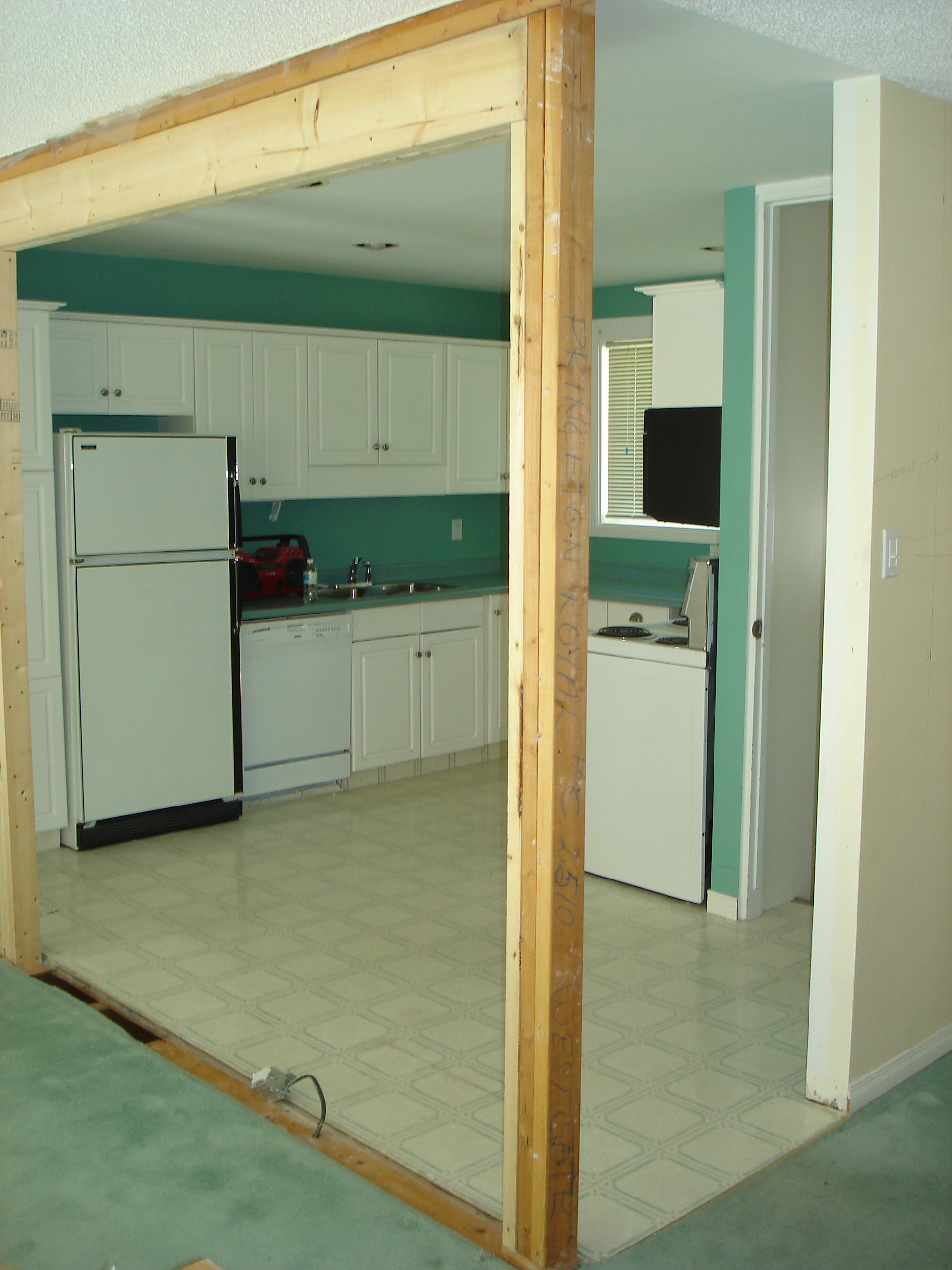 - Kitchen Reno: Before...