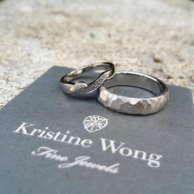 Same same but different, customized matching #kwfj wedding bands for a couple that first heard about us at a wedding they attended. The groom had made a joke during his speech about almost not fitting his band but gave us a loving shout out to go along with it! That had me at the edge of my seat but fortunately left an impression with his guests.  #kristinewongfinejewels #kwfj #madeinitaly  #handmade #18k #gold #diamonds #wedding #sgweddings #weddingbands