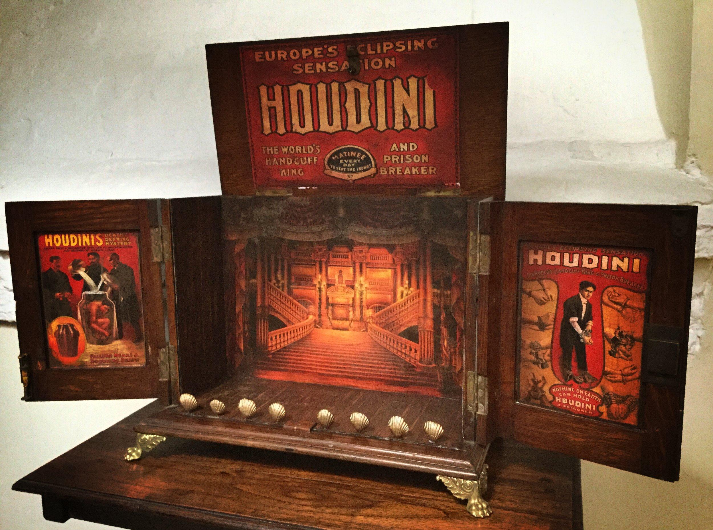 Houdini Seance 1