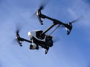 drone-1006886_1280.jpg
