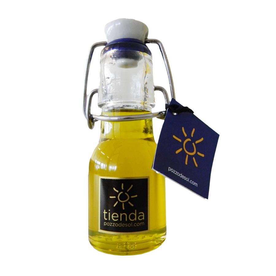 Olivenöl in kleiner Bügelflasche  50-ml / CHF 4.00 inkl. MwSt.  Details