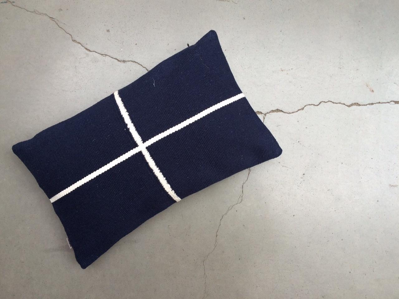 Jama-khan rectangular cushion - 30 x 50 cms 100% handwoven cotton