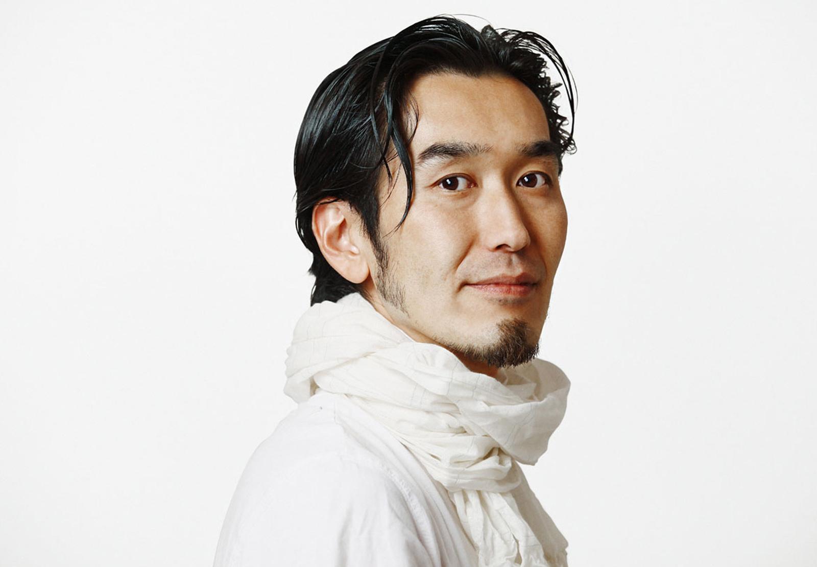 Ryosuke Kawaguchi Zopfi  (12. Juli 1970, Tokyo, Japan) ist japanischer Graphic Designer und Mitglied des Designers' Clubs seit 2008. Er ist Absolvent der Tokyo Zokei University of Art und gehörte in den neunziger Jahren zu den Art Directoren, die für Sony Music und Warner Brothers den Look der japanischen Musikindustrie entwickelten. Für Cracker Design Inc. und das Bahaty Design Studio leitete er Projekte für Grosskunden, Foto-Shootings und Markt-Lancierungen. Eine Rückkehr von den Aufgaben des Art Directors zum rein graphischen Handwerk - in einer Stadt mit überschaubareren Dimensionen als Tokyo. Dafür entdeckt er nach und nach die Bergwelt  EMAIL CONTACT  rio(at)designersclub.ch