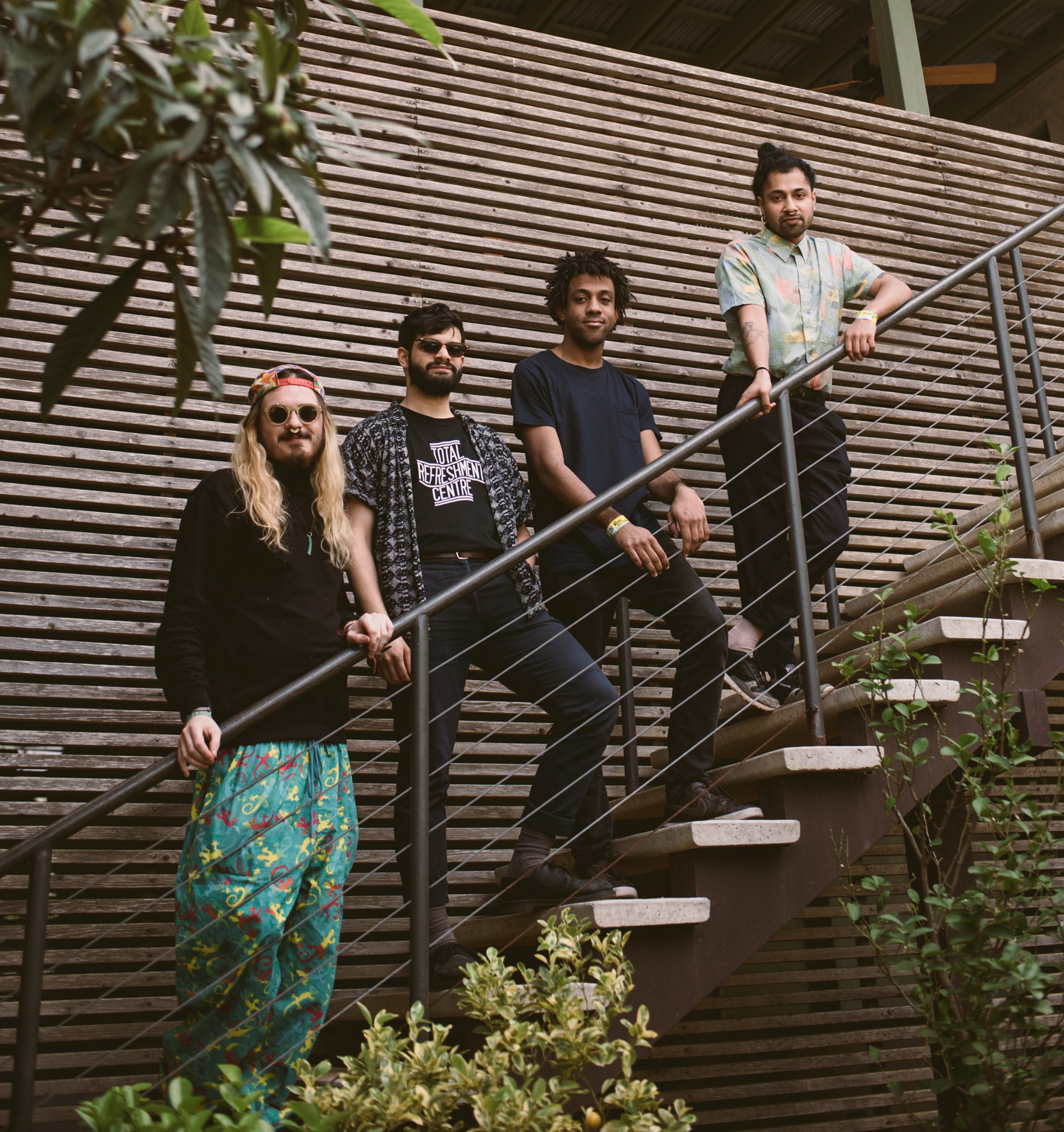 FLAMINGODS - Formed in Bahrain, multi-instrumentalist quintet Flamingodsare informed by the imagery, music and concepts of far-flung cultures as well as experimental, psych, rock and pop artists such as Boredoms,Animal Collective,Sun Araw,Sun City,Girlsand Deerhunter.
