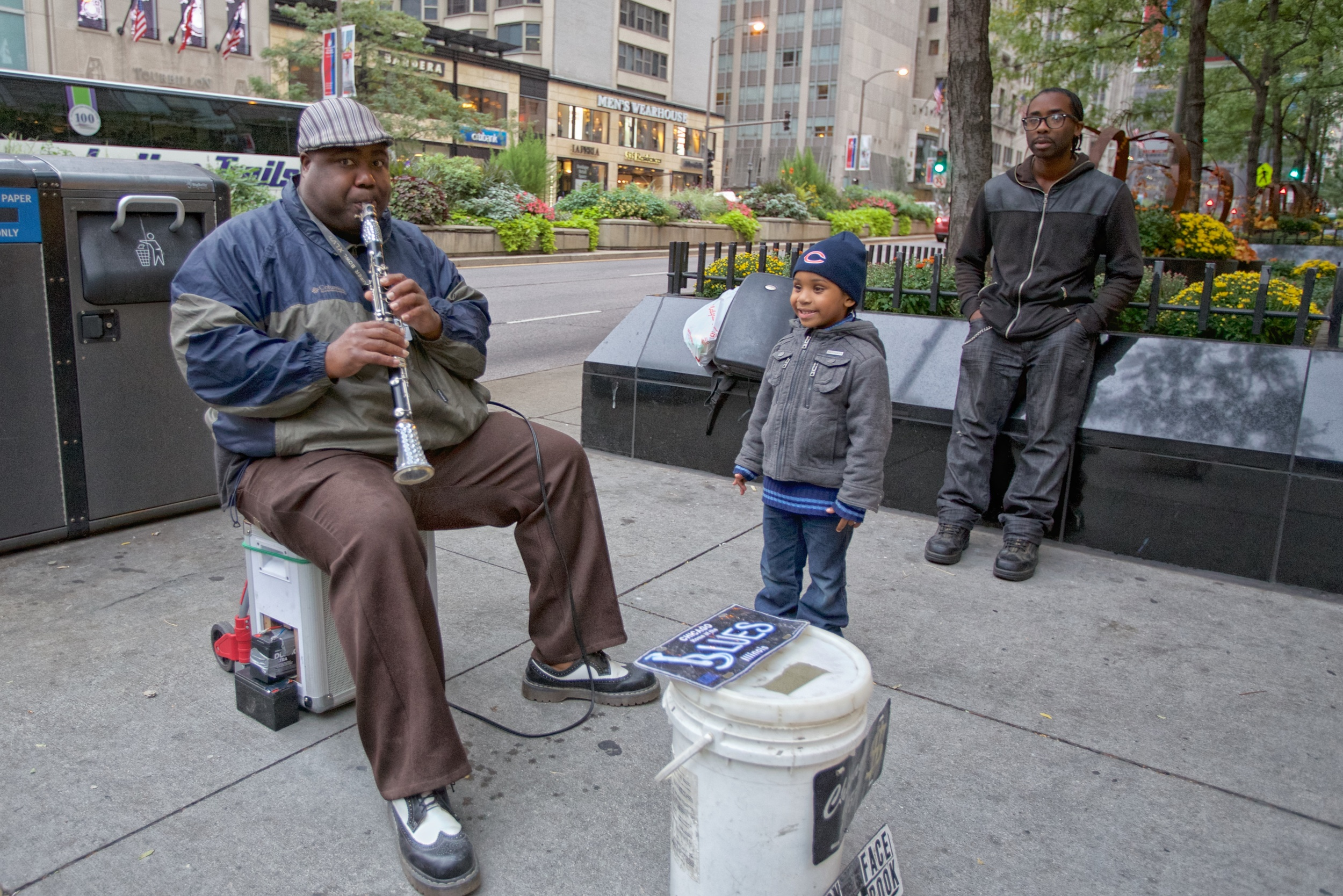 Street musician on Michigan Avenue