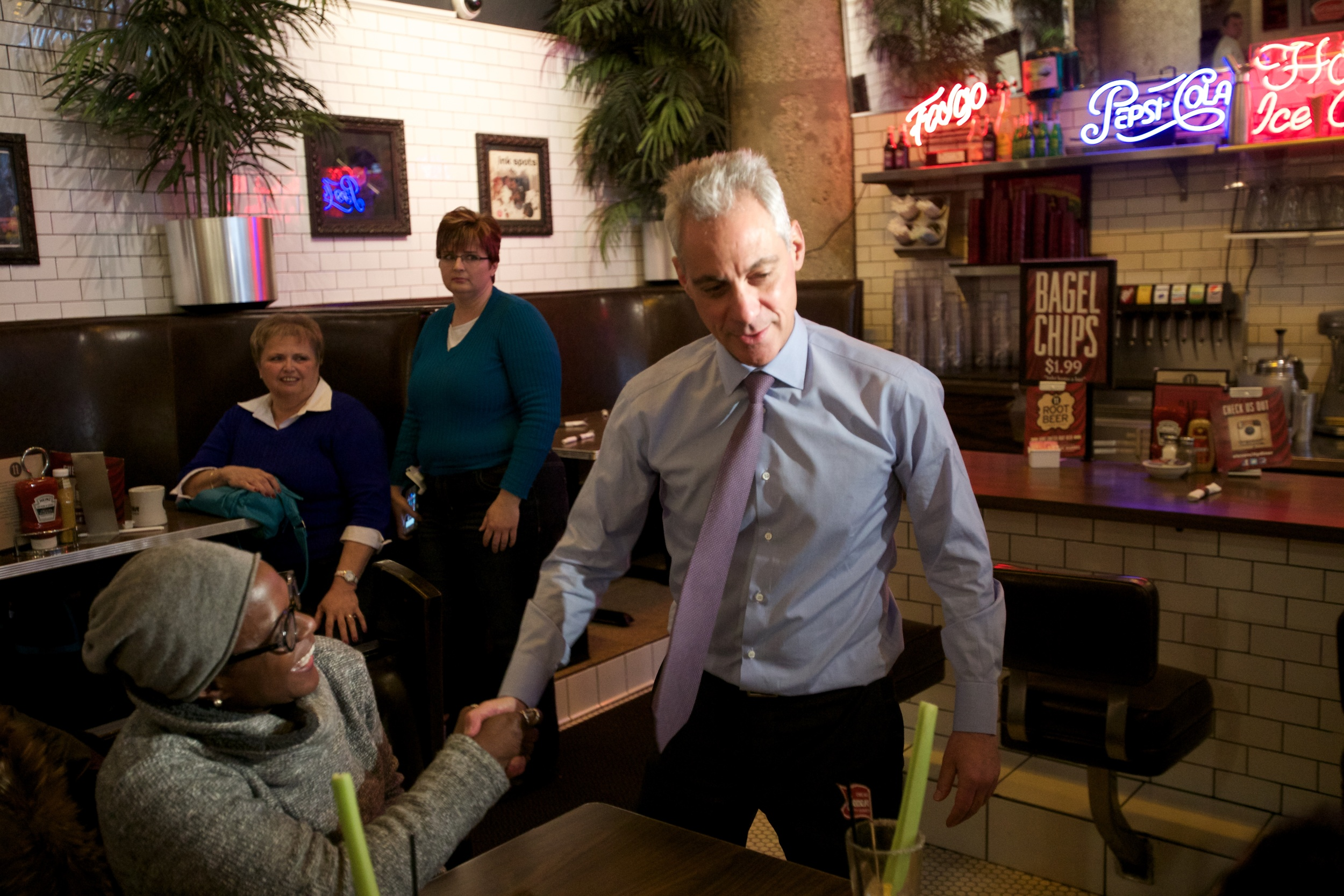 Mayor Rahm Emanuel at eleven city diner