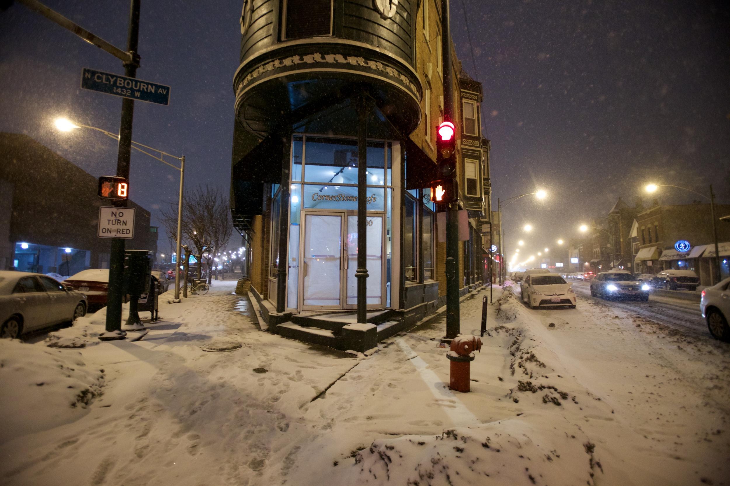 Snowfall - clybourn AVe.