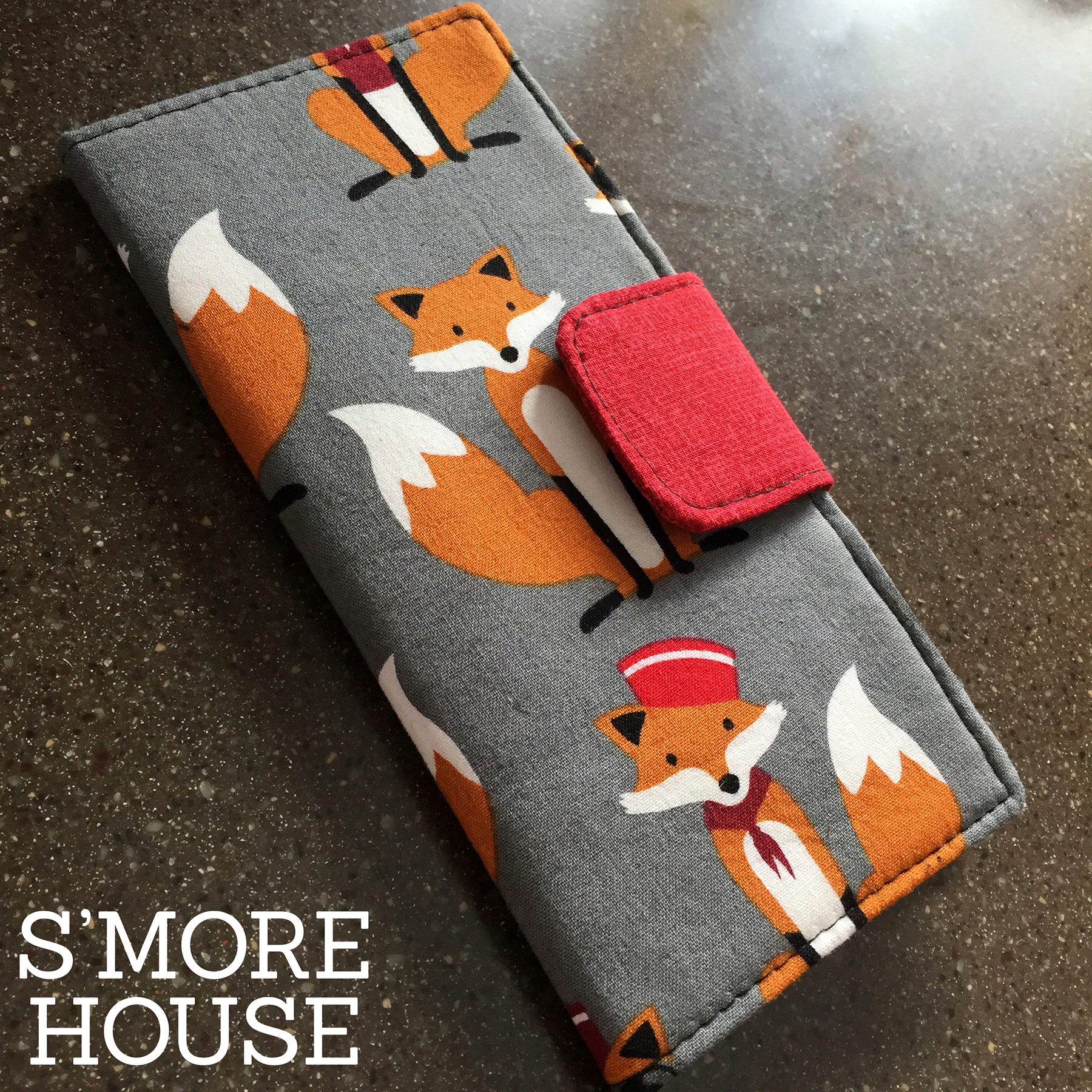 Card Holder in Fabulous Foxes