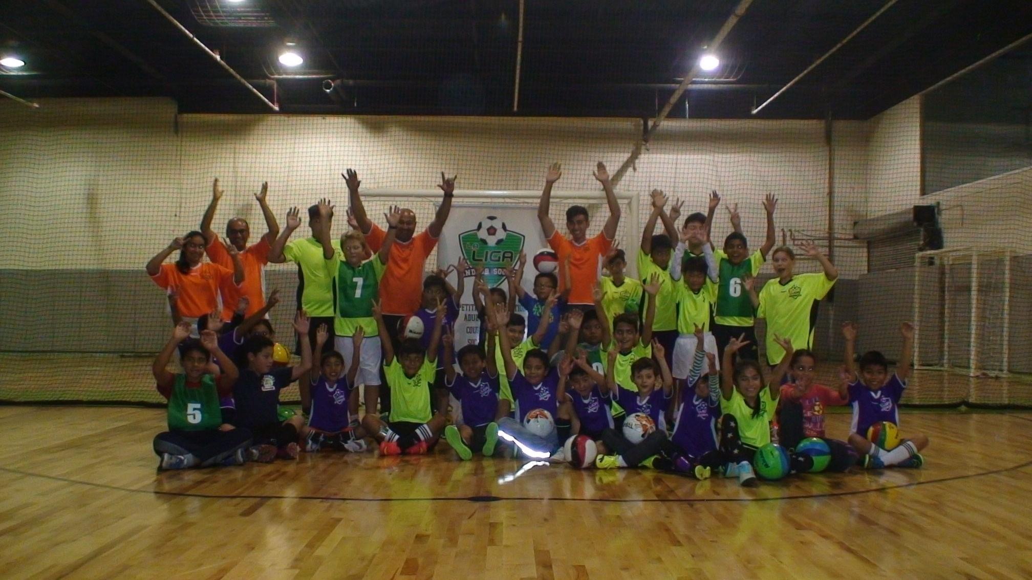 La Liga Toronto Futsal Kids Clinic Fever indoor soccer.JPG