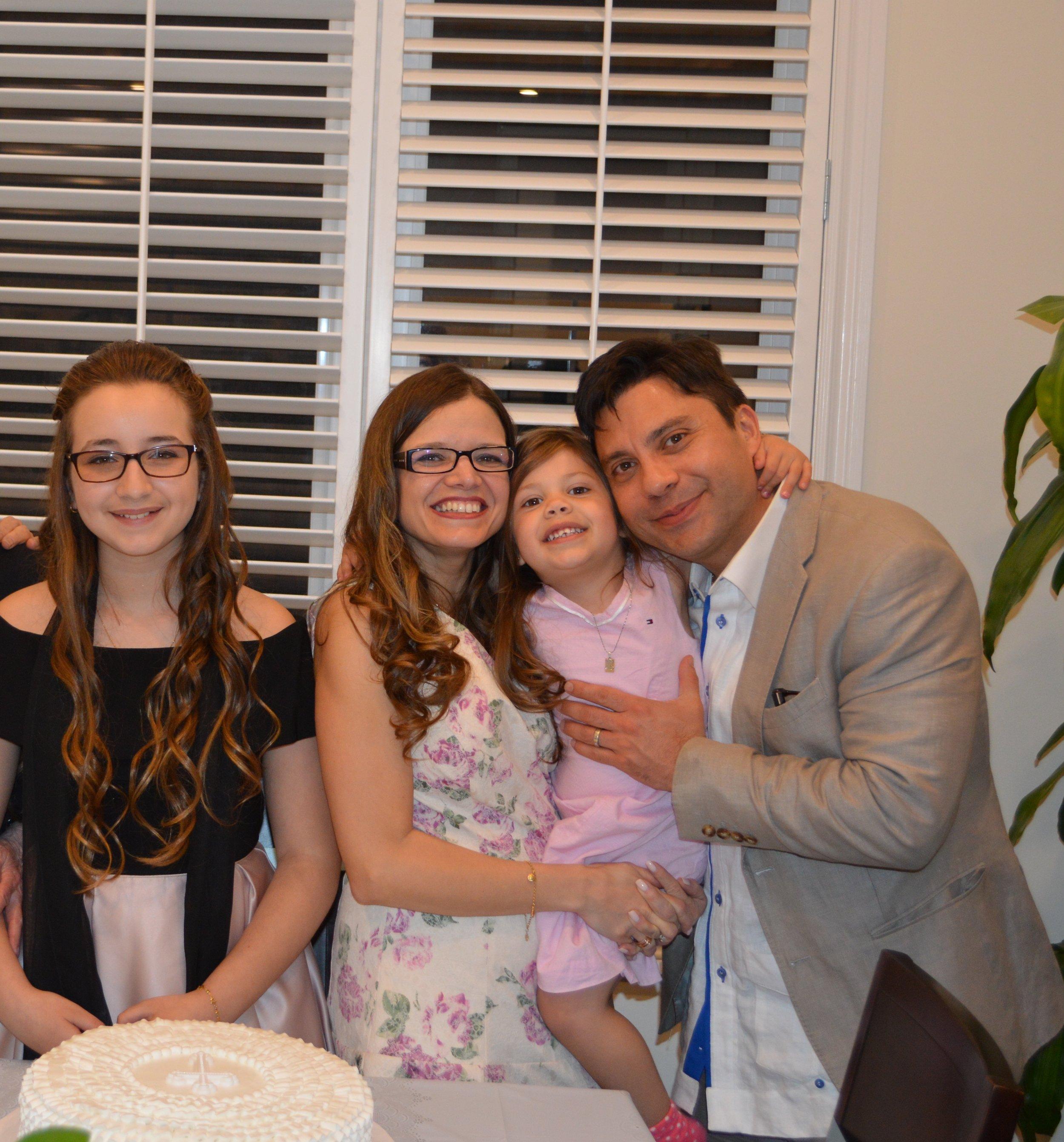 Raul Romaniello y familia .jpeg