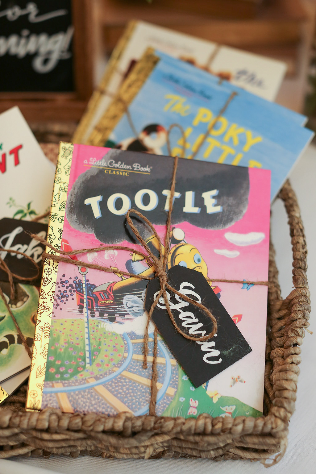 First-Birthday-Book-Party-Favor-Tags-2.jpg