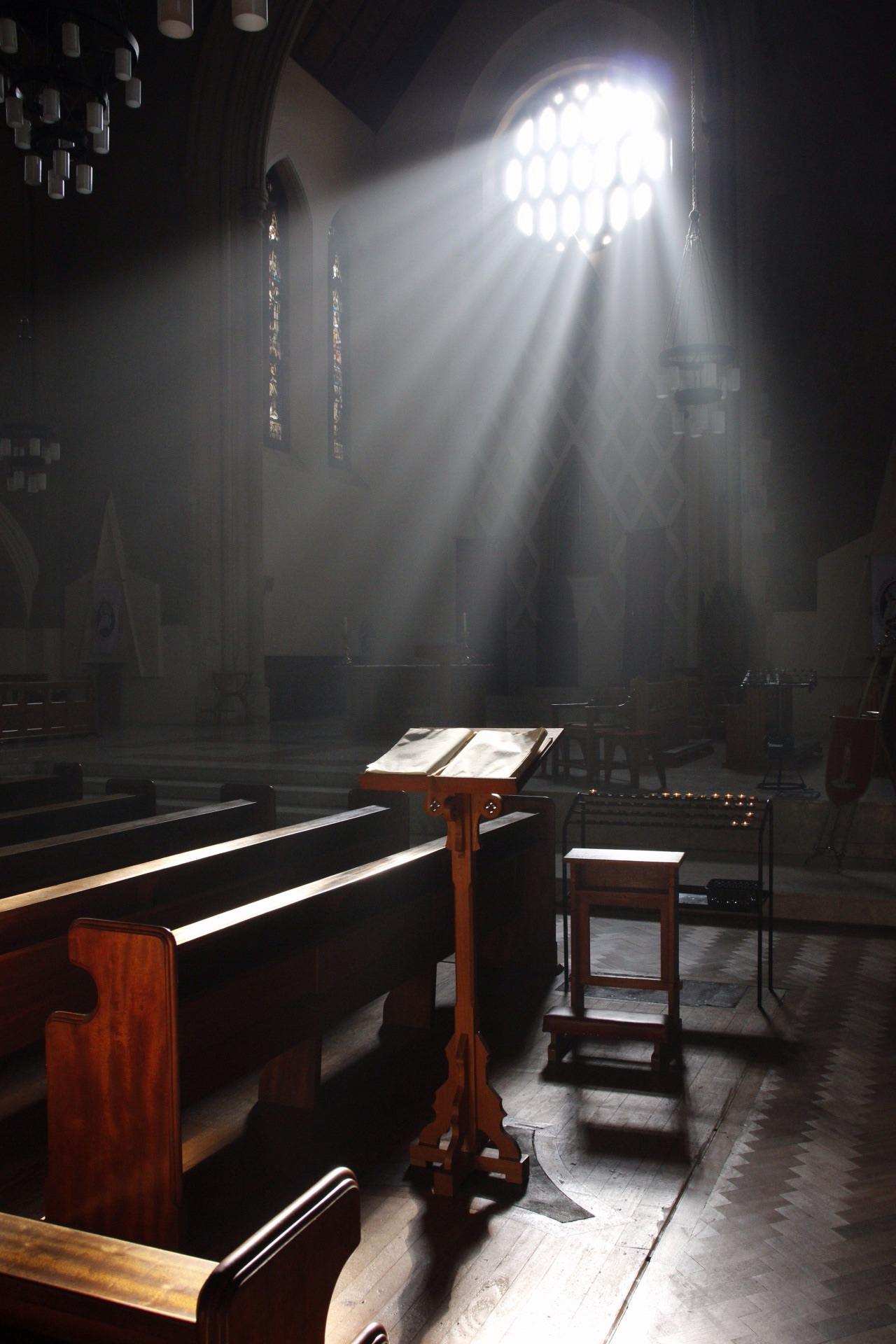 This photo is straight out of the camera, unedited. Incredible moment shining down on the pulpit!