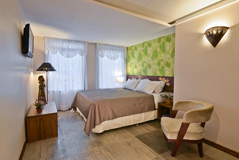 superior_room02.jpg