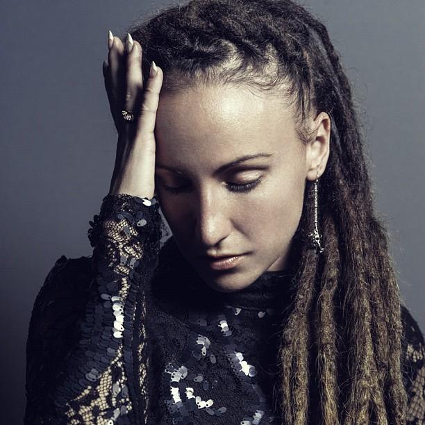 laura-reed-singer-songwriter