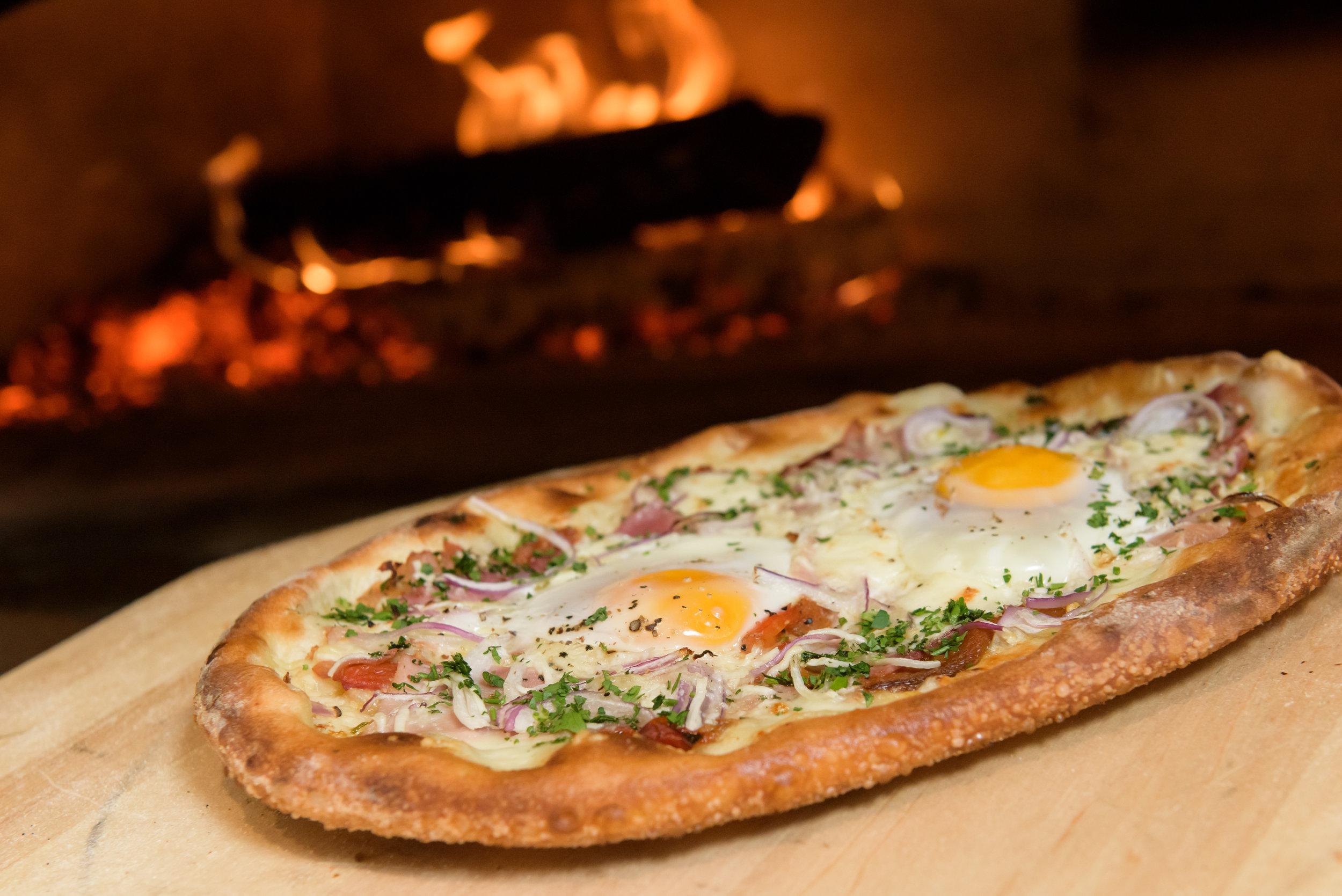 Carbones Prime_BreakfastPizza.JPG