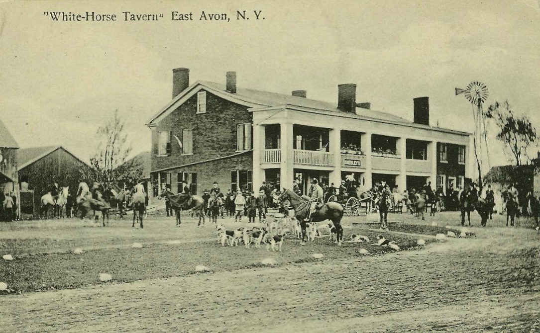 White Horse Tavern.  Postcard.  AP&HS collection