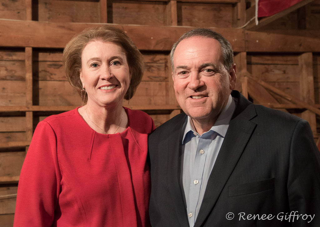 Mike Huckabee and wife, Janet,  in Rye, NH