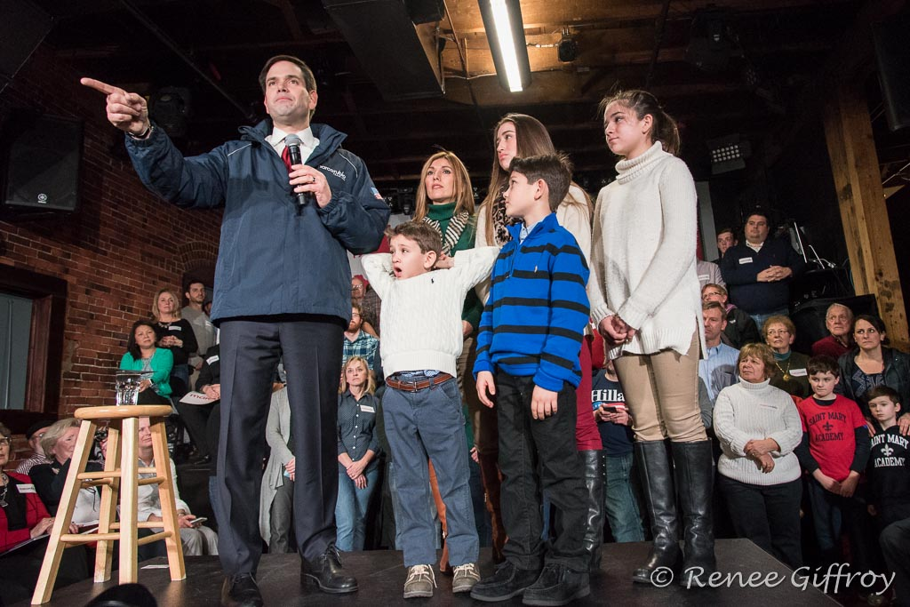 Marco Rubio with his family in Dover, NH