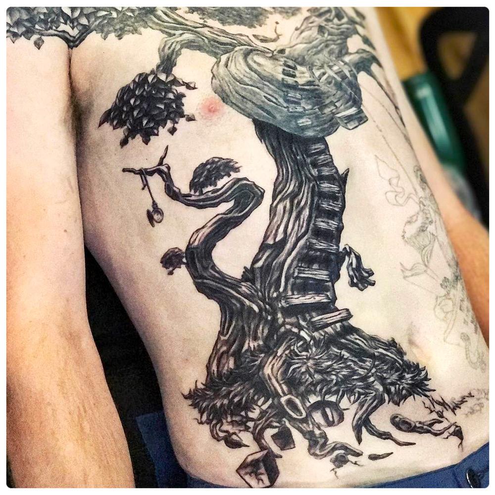 2017_tattoo_chest_tree-ladder.jpg