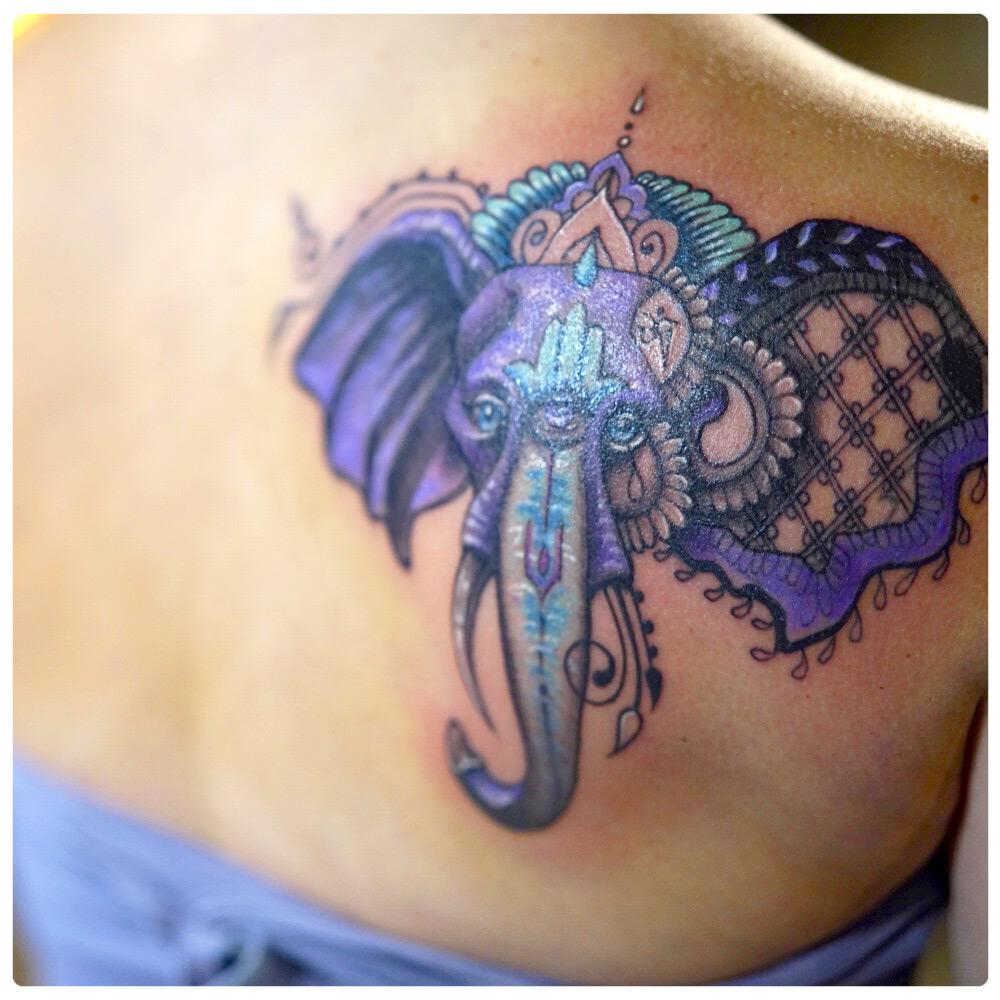 ig_2018_tattoo_back_elephant-with-hindu-style.jpg
