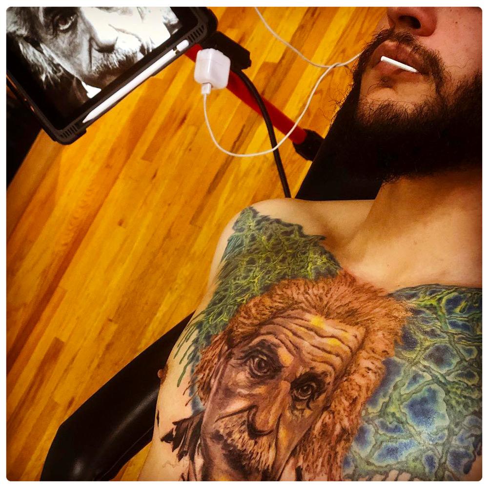 2018_tattoo_chest_einstein-portrait.jpg