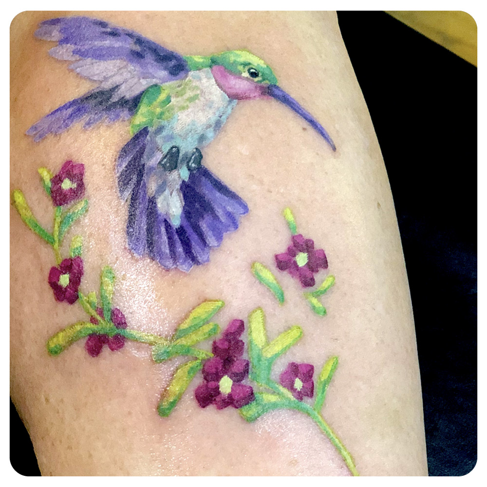 portfolio_2019_tattoo_leg_watercolor_hummingbird-with-flowers.jpg