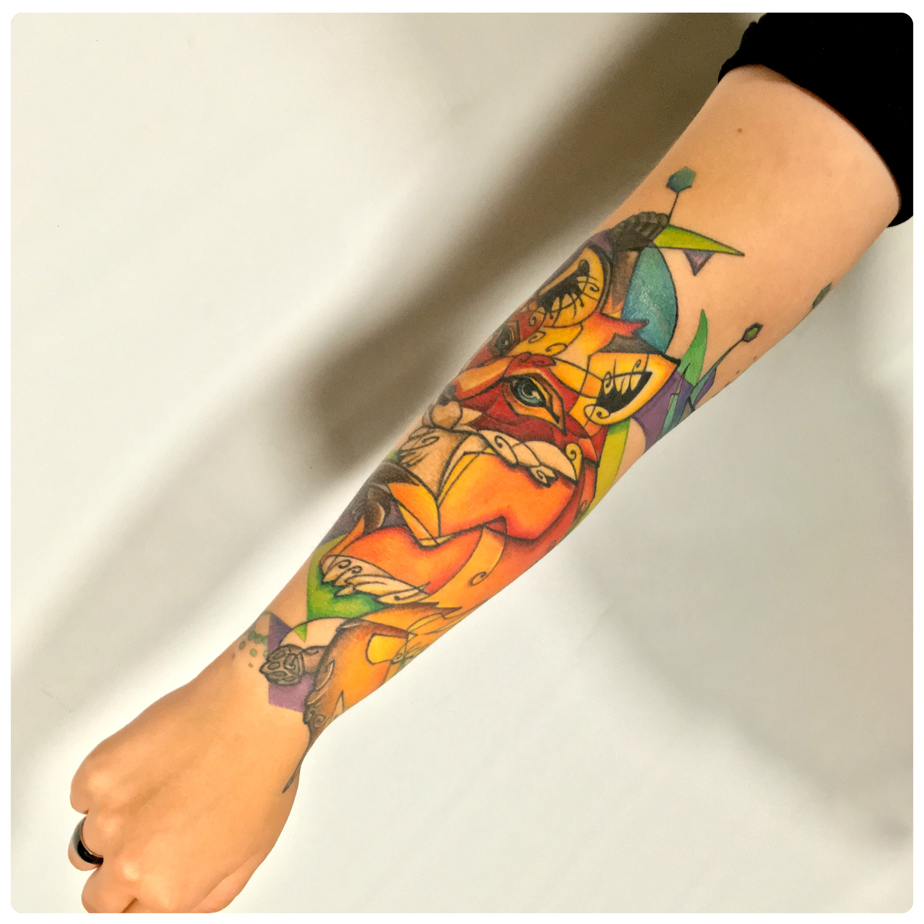 web-4_2016_tattoo_forearm_fox-shark-abstract.jpg
