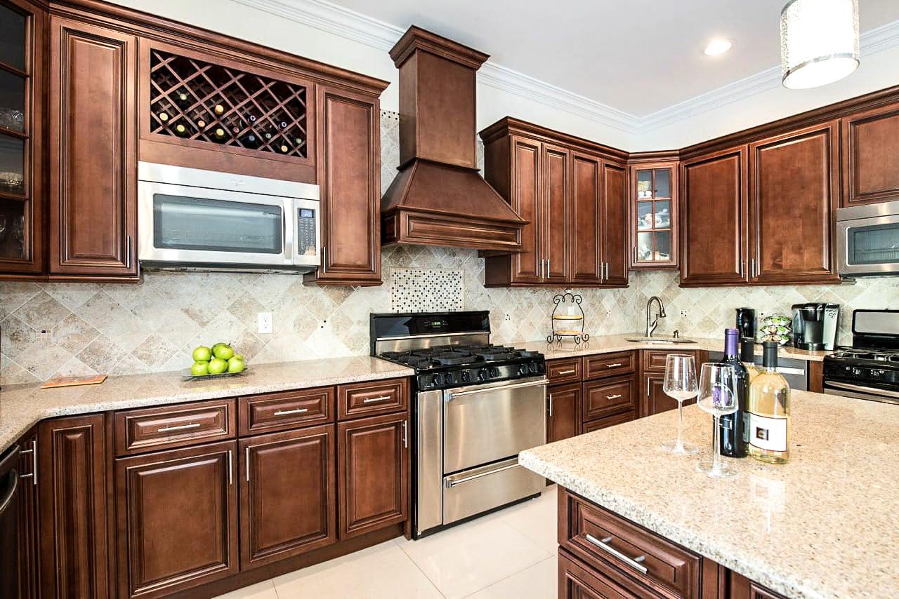 Kitchen Brown.jpg