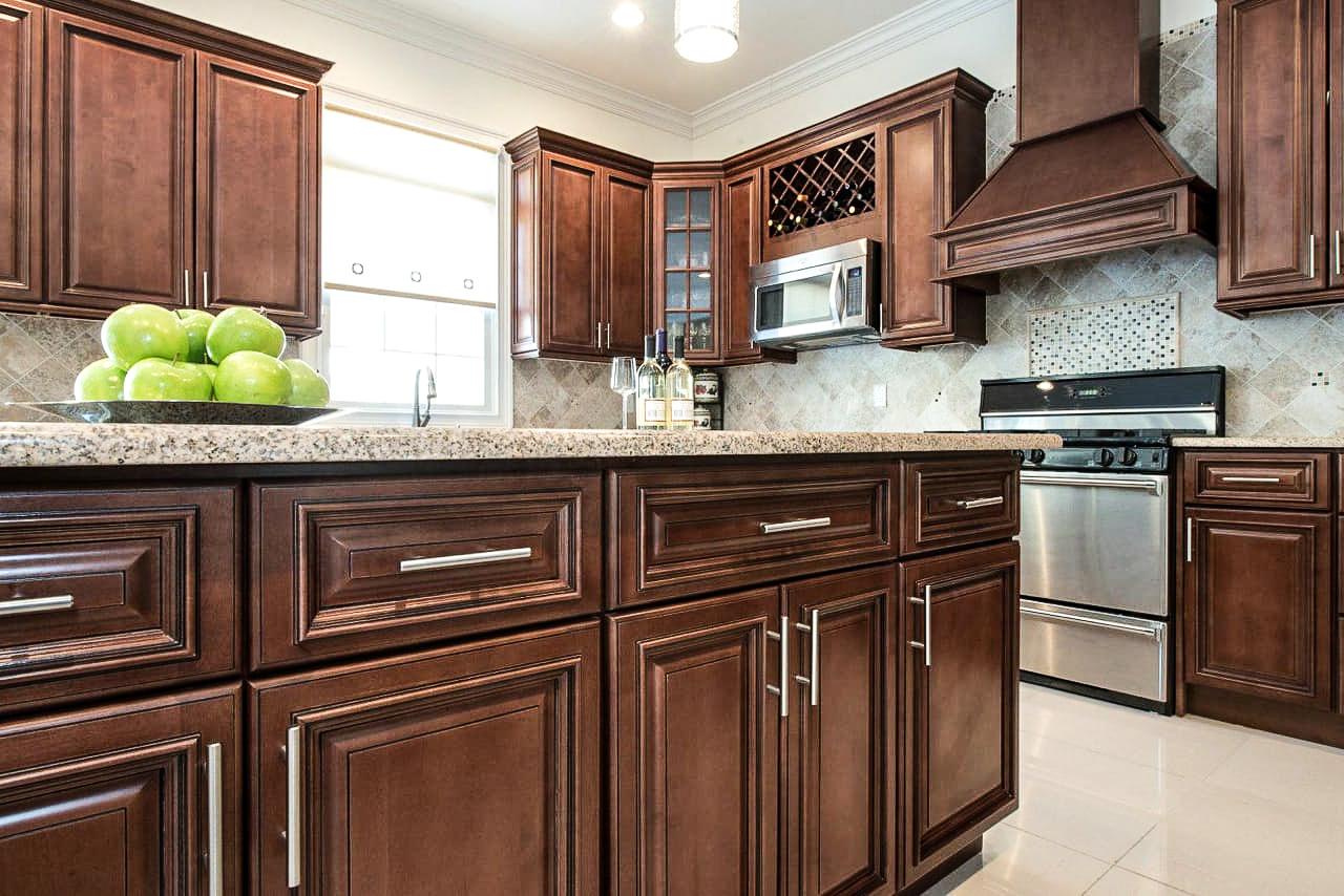 CreativeXSoul Brown Kitchen.jpg