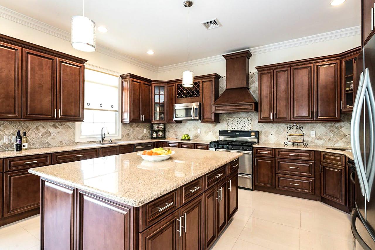 Brown Kitchen 2.jpg