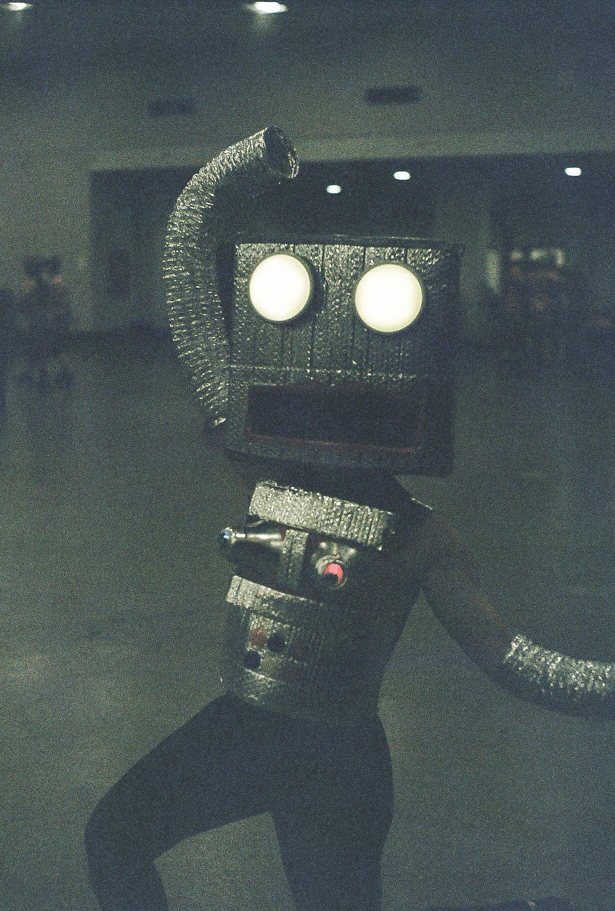 DancingRobot.jpg